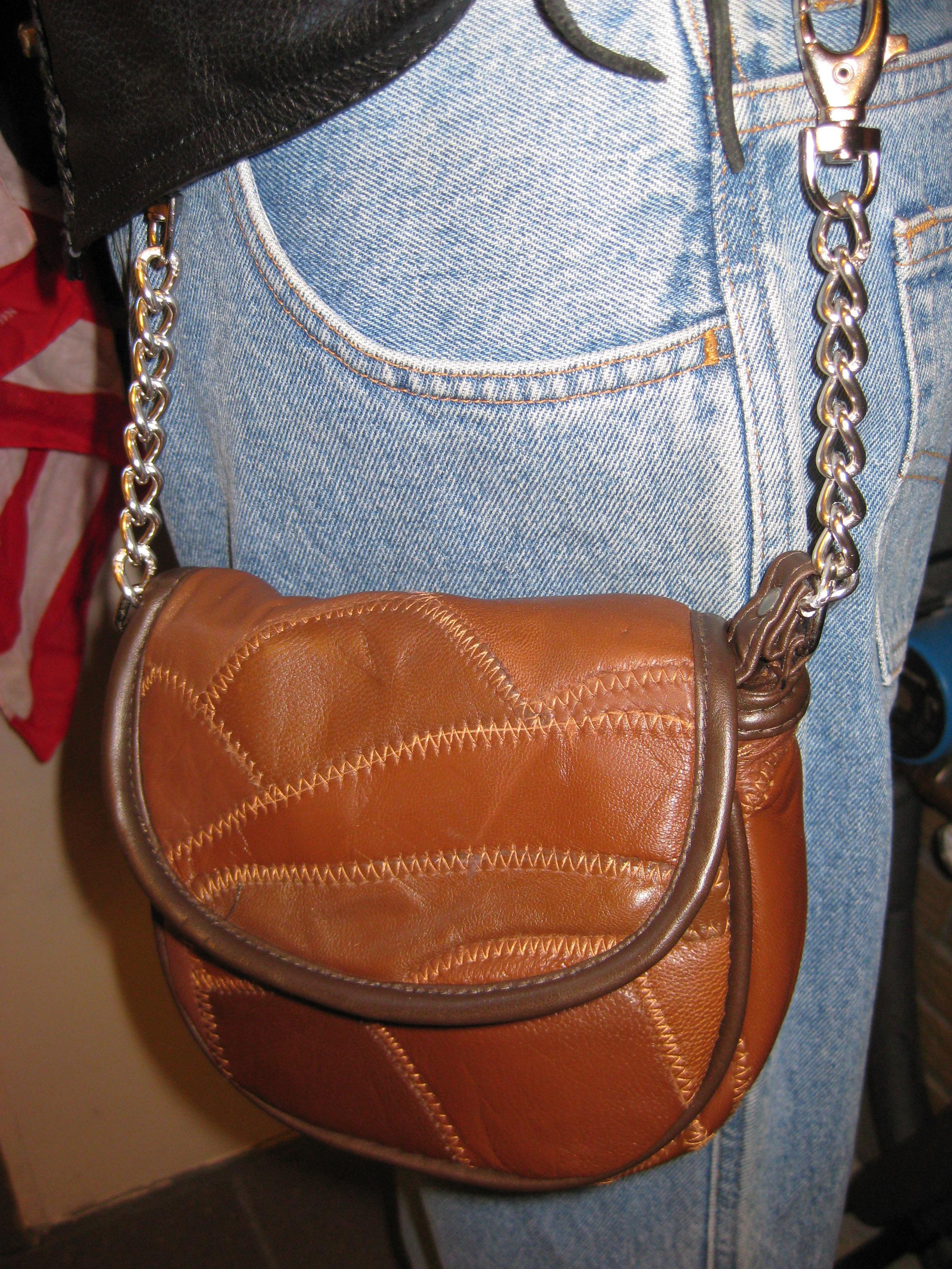 Lille skind taske. m kæde